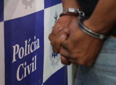 Homem é preso e indiciado por estupro após assediar duas colegas na Unifacs