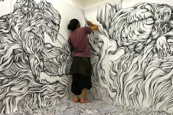 perierga.gr - Με έναν... μαρκαδόρο ζωγραφίζει όλο το δωμάτιο!