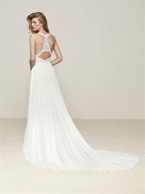 pronovias  drenube bridal gown   volume