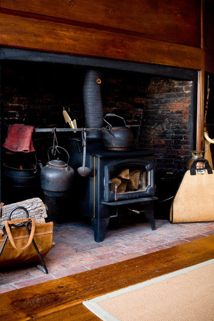 Keep the practicality and beauty of a traditional kitchen while ...