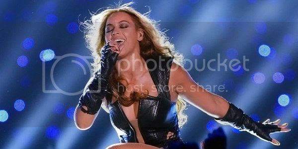 photo Beyonce-Super-Bowl_zpsfbcf0952.jpg