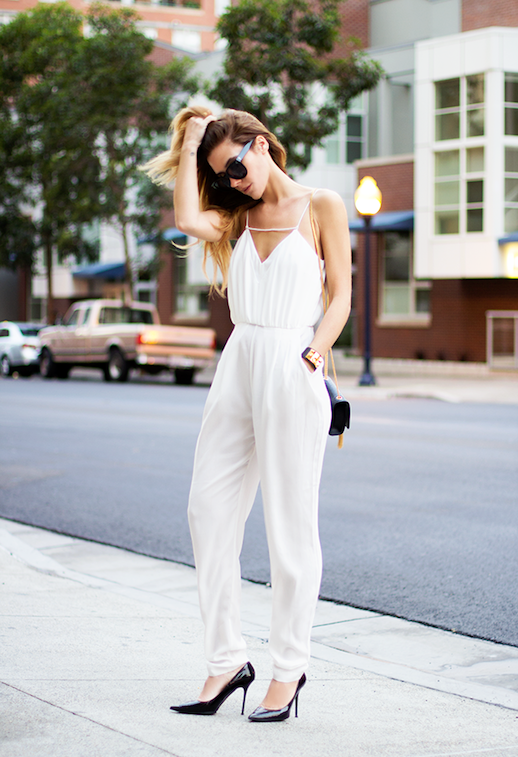 Le Fashion Blog 5 Ways To Wear A White Jumpsuit Blogger Style Via Native Fox 5 photo Le-Fashion-Blog-5-Ways-To-Wear-A-White-Jumpsuit-Blogger-Style-Via-Native-Fox-5.png