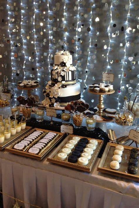 87 best BLACK & GOLD CAKES images on Pinterest   Cake