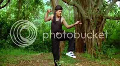 http://i347.photobucket.com/albums/p464/blogspot_images1/Desamuduru/PDVD_465.jpg
