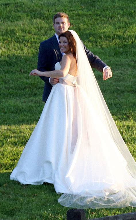 Amy Duggar's Wedding: Get Details and See Photos of the