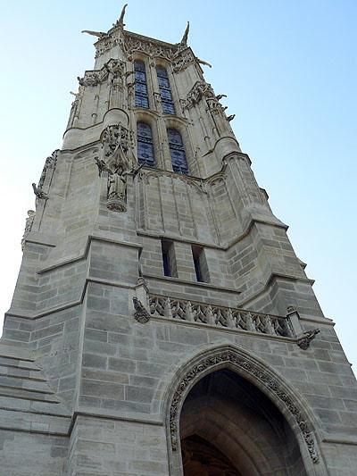 la tour saint Jacques.jpg