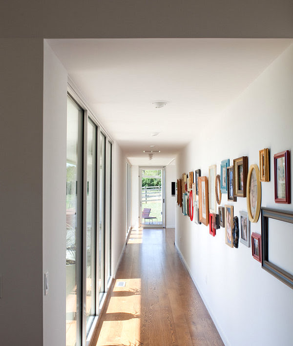 Home Interior Design: Modern Hallway
