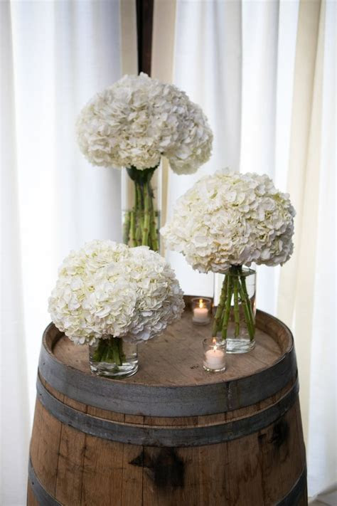 Best 25  Hydrangea centerpieces ideas on Pinterest   DIY