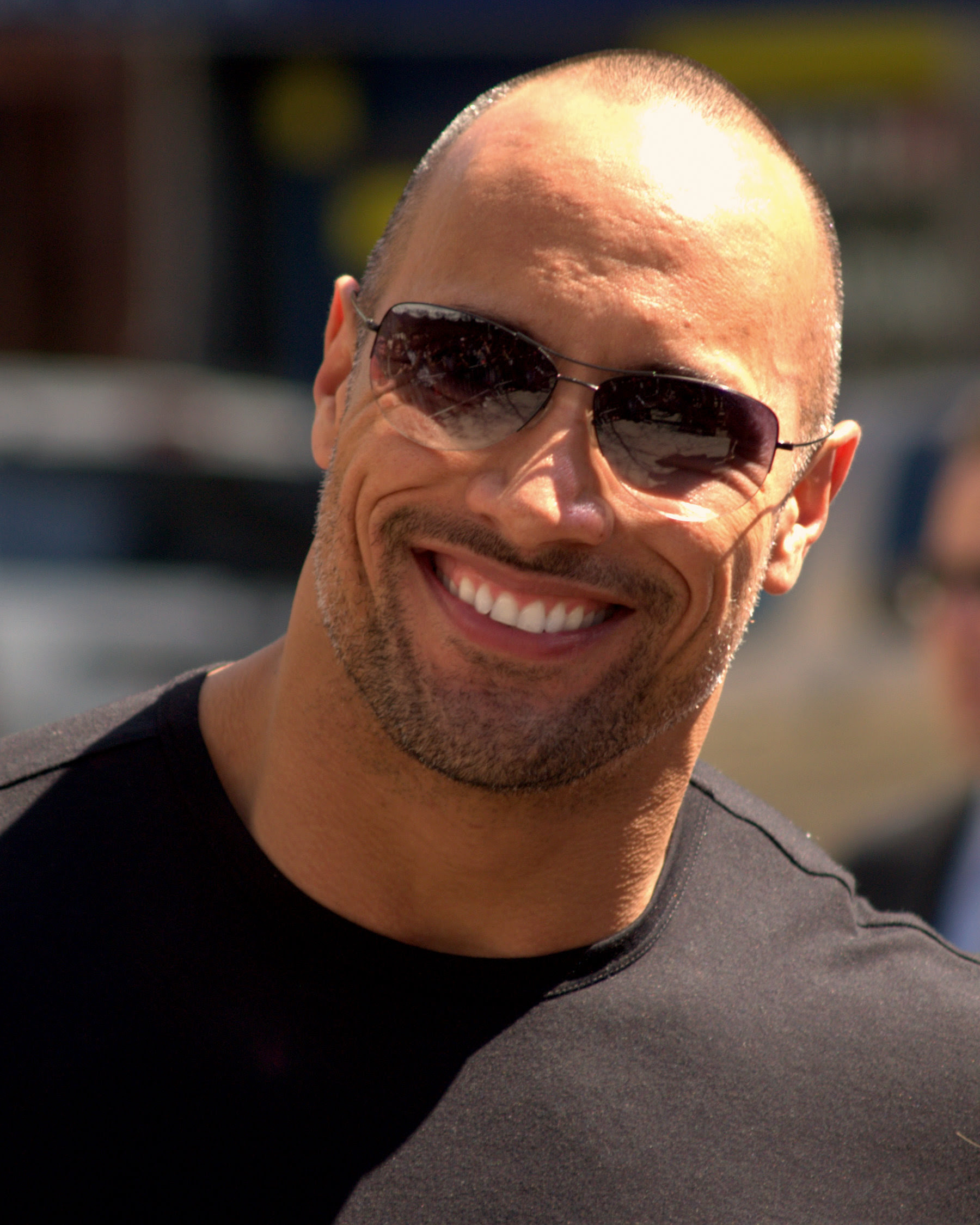 http://upload.wikimedia.org/wikipedia/commons/b/b8/Dwayne_The_Rock_Johnson_2009_Tribeca_portrait.jpg