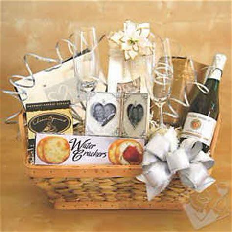 Cheap Wedding Gifts   Cheap Wedding Gift ideas     Great