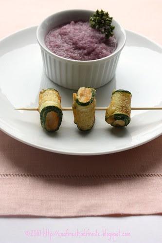 Bocconcini di pesce spada e zucchine in salsa di cipolle