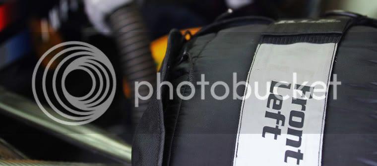 Neumático con manta calentadora de Red Bull