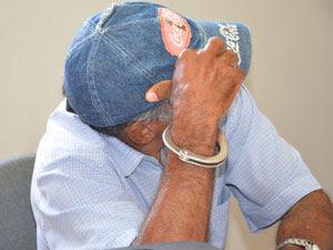 Padrasto é preso suspeito de abusar enteada (Foto: Walter Paparazzo/G1)