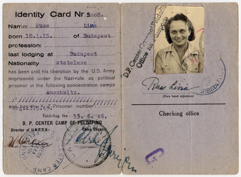 Thẻ căn cước của một tù nhân của Đức Quốc Xã may mắn được quân độii Mỹ giải cứu.. Nguồn: collections.ushmm.org