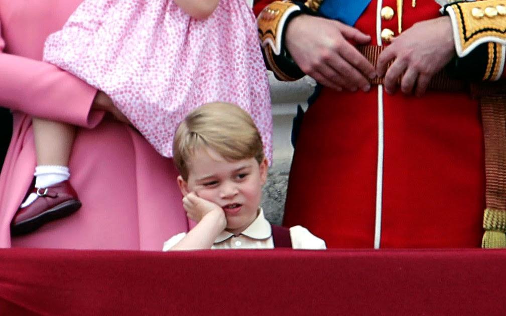 Príncipe George participa de evento da comemoração do aniversário da Rainha Elizabeth II (Foto: Yui Mok/PA via AP)