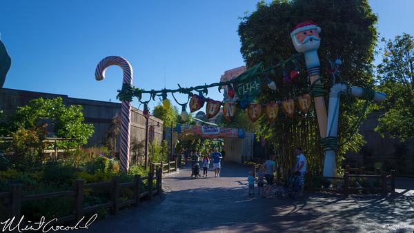 Disneyland Resort, Disney California Adventure, a bug's land, Christmas, Christmas Time
