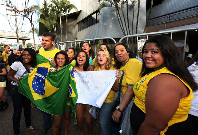 Torcida Hotel brasil Seleção BH (Foto: André Durão / Globoesporte.com)