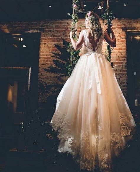 1000  ideas about Plus Size Wedding on Pinterest   White