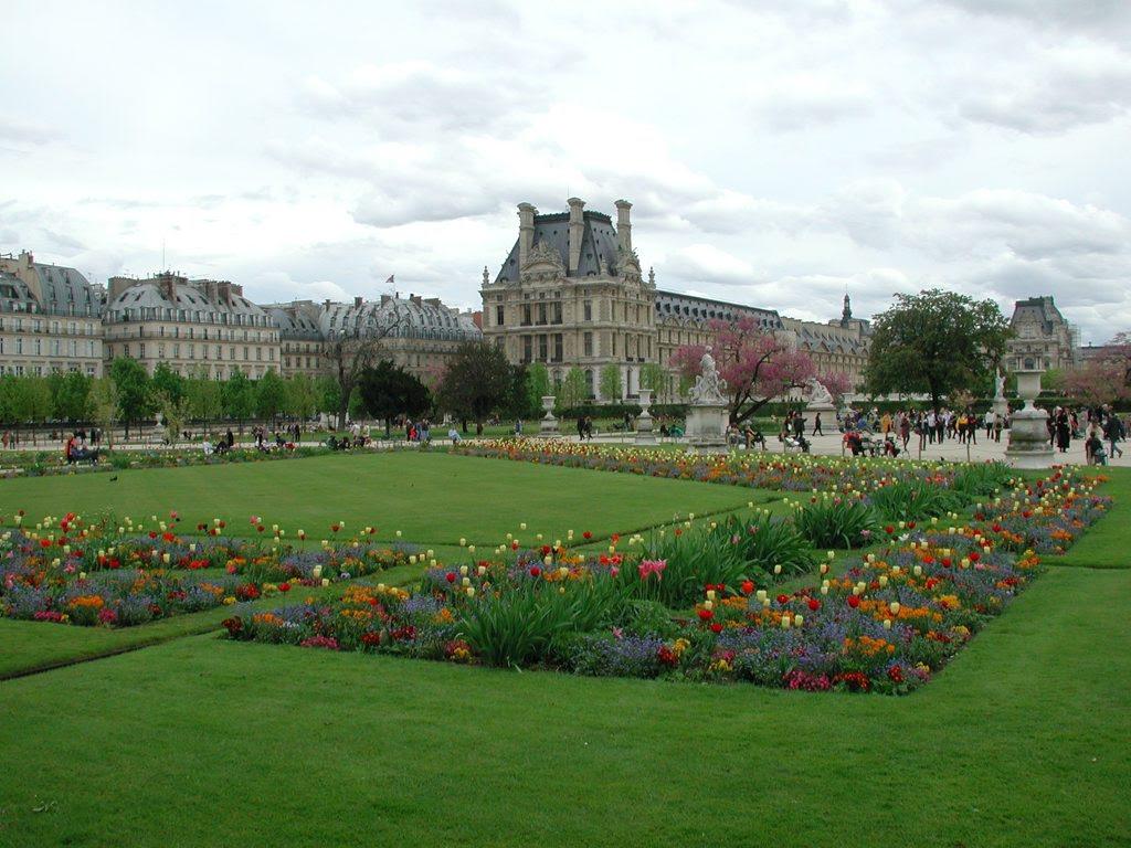 http://www.tunliweb.no/Bilder_SM/_album_Paris/j03_1024pixel.jpg