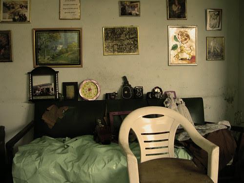 La visita/El opositor anónimo que no tiene gloria, ni reportaje en internet. 2009