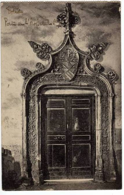 Puerta en el Museo de Santa cruz a inicios del siglo XX