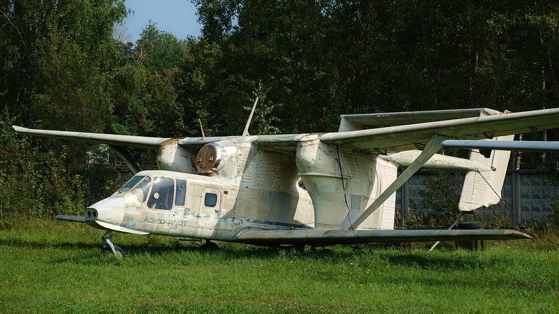 Jet biplane PZL-Mielec M-15-01 Belphegor