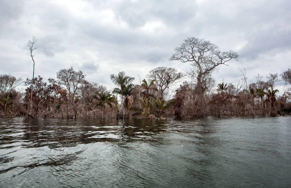 Paisagem do reservatório de Belo Monte.