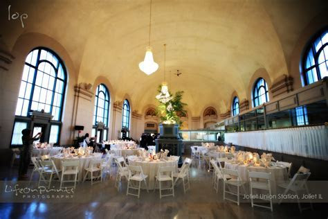 Chicago IL West Suburbs Wedding Reception Venues and