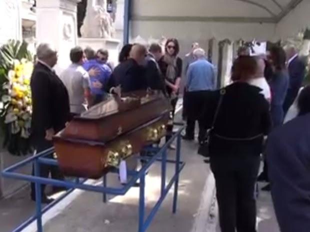 Guilherme Karan foi sepultado no começo da tarde desta sexta (8) (Foto: Reprodução/ TV Globo)