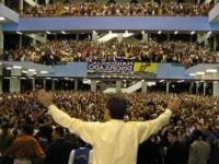 """Pesquisador escreve sobre a origem do neopentecostalismo brasileiro e ressalta divisão entre igrejas: """"Outros dissidentes surgirão"""". Leia na íntegra"""