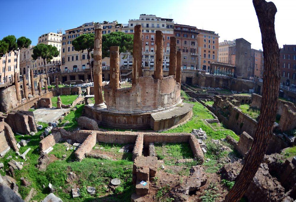 A view of the Largo di Torre Argentina in downtown Rome. (Gabriel Bouys/AFP/Getty Images)