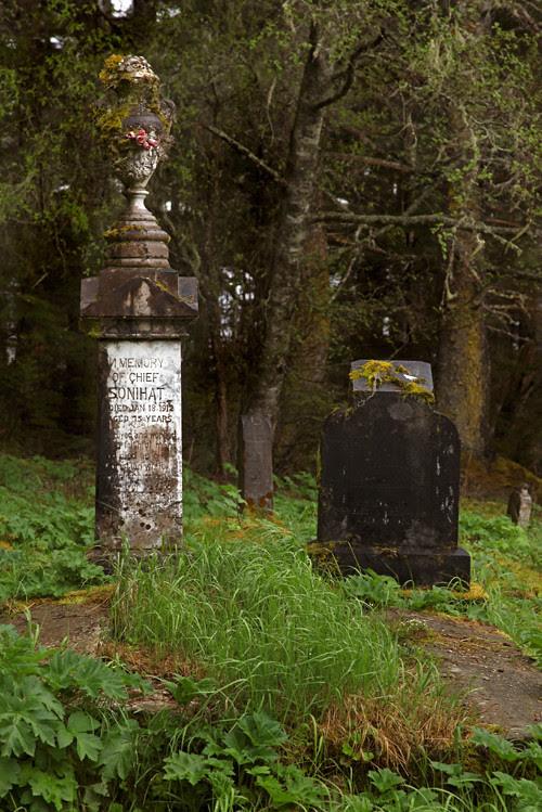 Chief Son-i-Hat's grave in Kasaan Cemetery, Kasaan, Alaska