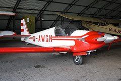 G-AWGN - Red Hawks Duo