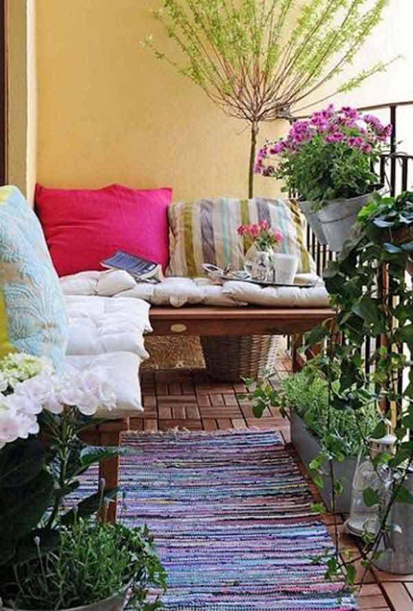 Small-Balcony-Garden-ideas-26
