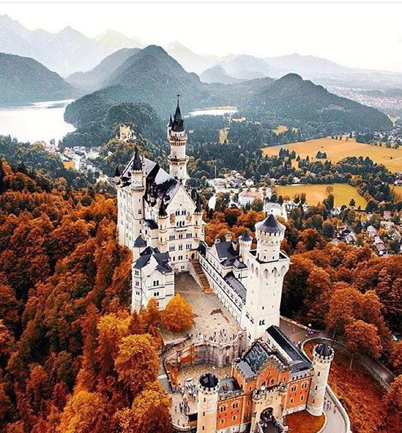 Comparateur hotels fall at neuschwanstein castle for Hotel comparateur