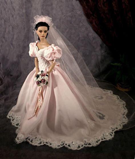 #wedding dolls bridal barbie gowns Tonner doll..1 ..2 qw
