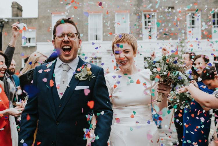 Diese London Hochzeit war Intim und in super Spaß mit vielen DIYs und Sukkulenten