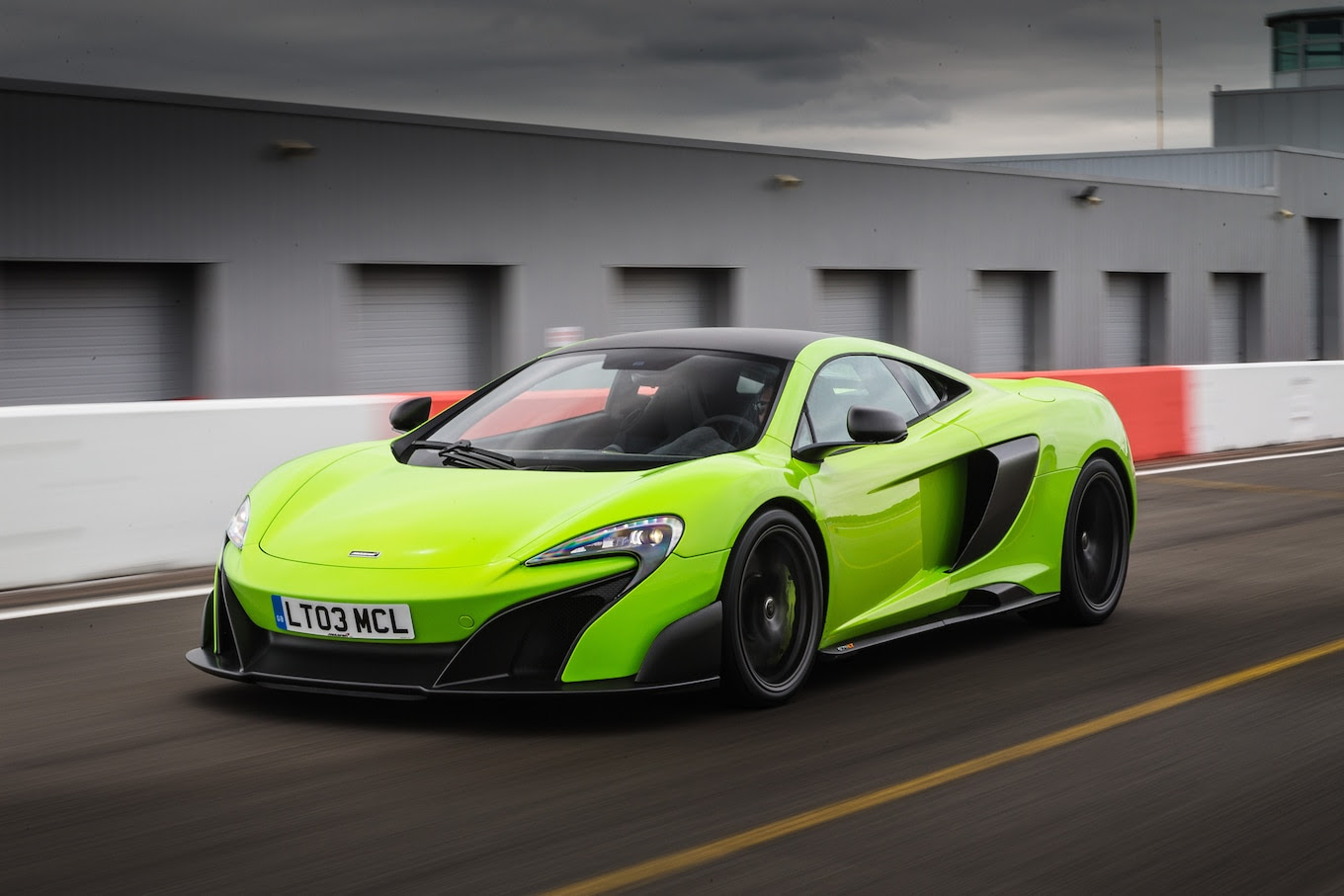 2016 McLaren 675LT Reviews and Rating  Motor Trend
