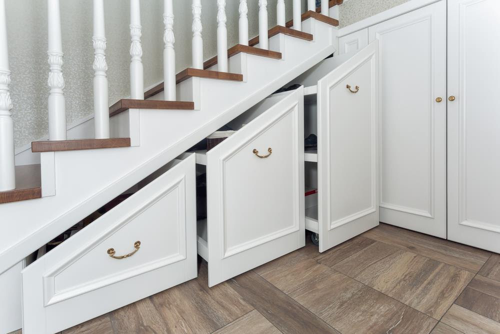How To Build Storage Space Under Your Stairs?   Gardening ...
