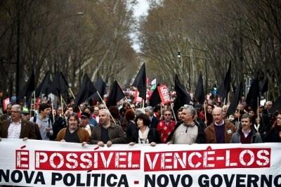 Milhares exigem a demissão do governo em Lisboa