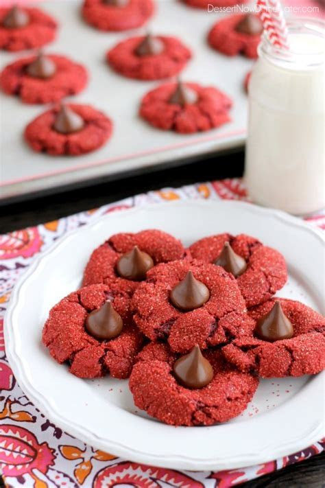 Foodista   5 Red Velvet Desserts That Will Make You Swoon