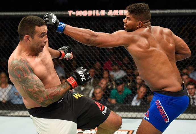 Alistair Overeem vence Fabricio Werdum por pontos (Foto: Getty Images)