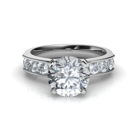 Round Cut Diamond Engagement Ring with 8 Side Diamonds