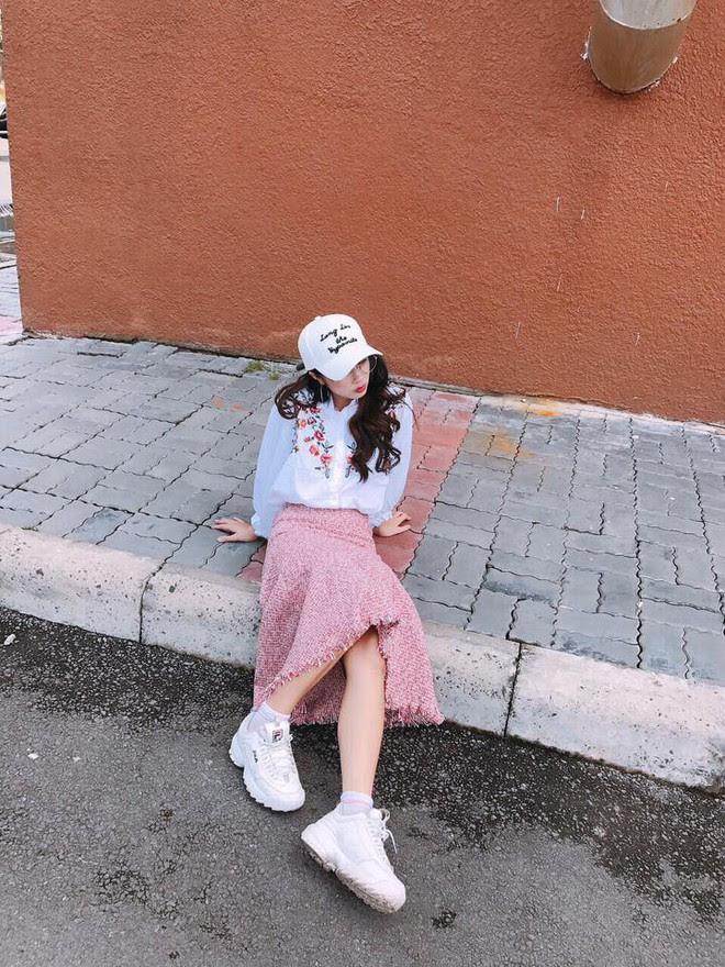 Không chỉ xinh đẹp, cô em gái cực giống Nhã Phương còn có phong cách thời trang rất dễ thương - Ảnh 10.