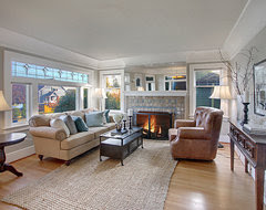Ravenna Craftsman Living Room traditional living room