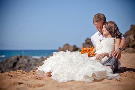 Destination Brides: How to Pack Your Wedding Dress