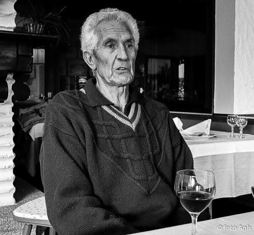 Augusto Girardelli nel suo albergo a S. Giacomo sul Monte Baldo