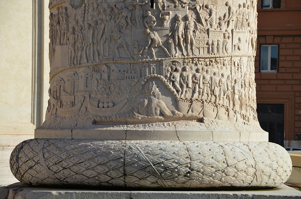 Trajan's Column, Rome (14085377717).jpg