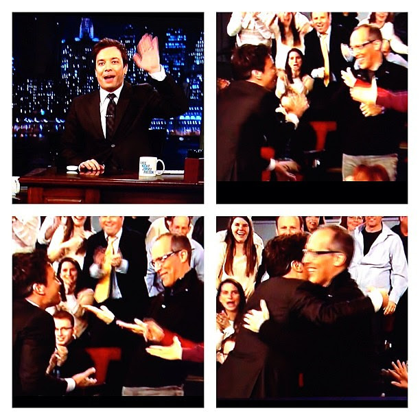 Closing credits: @jimmyfallon runs into the audience and finds me @stevegarfield ;-)