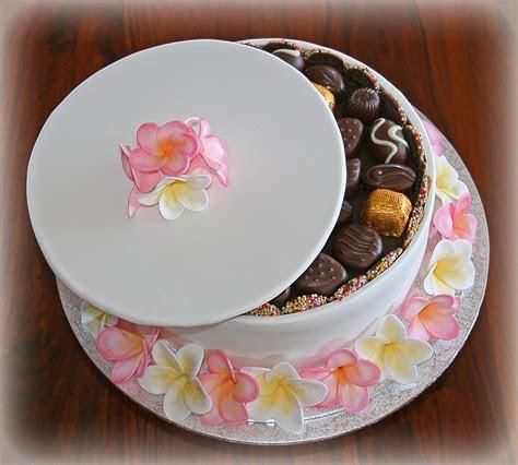 Frangipani Chocolate Box Cake ? Cake Cupcakes and Cookies